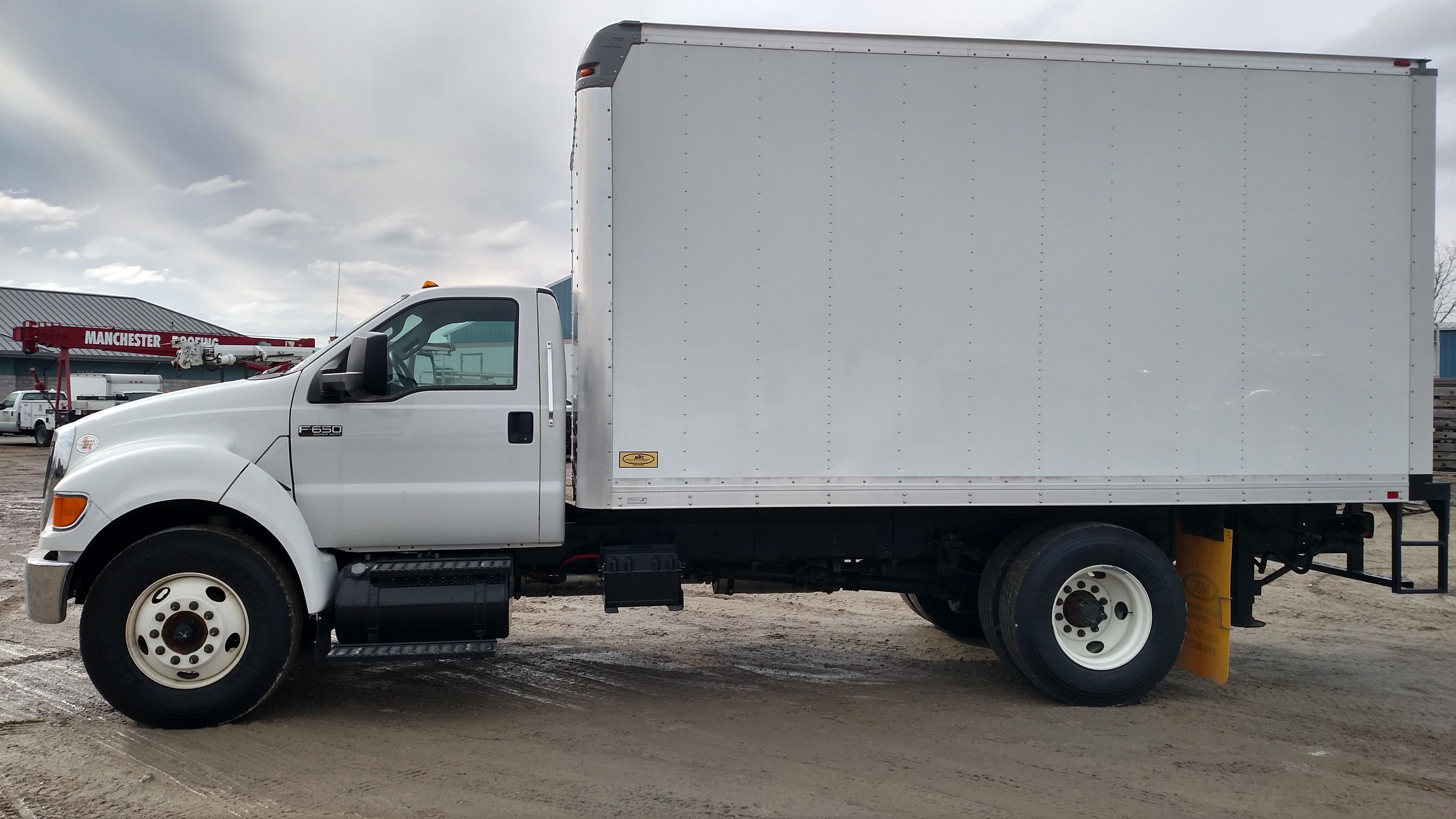 2013 Ford F650 Box Truck Reliance Rental